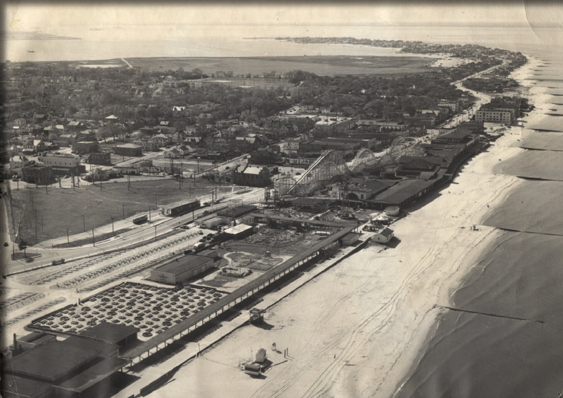 bird's eye view of Ocean View amusement park, ca 1950